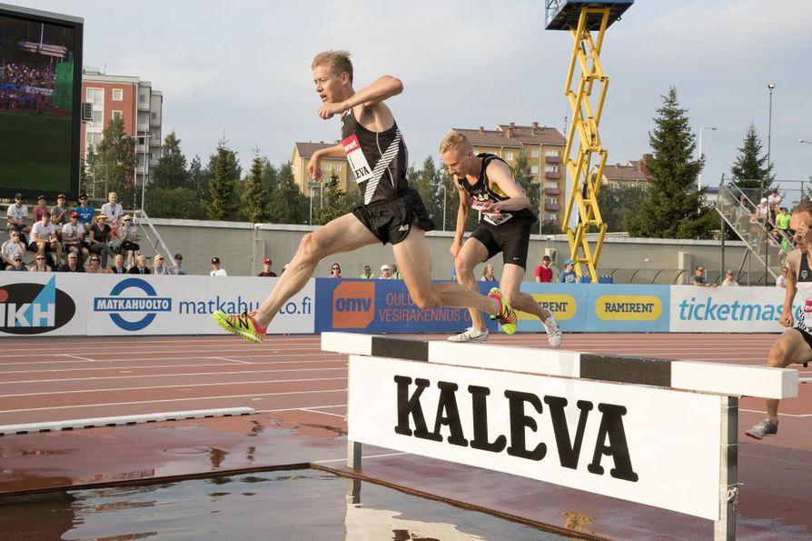 Ukonmaanaho ajoittaa kansainväliselle tasolla pyrkivän juoksijan pahimman karikon aikuisuuden kynnykselle.