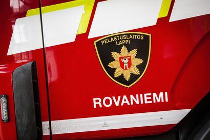 Jakeluauton jumittunut jarru oli aiheuttaa tulipalon Rovaniemellä, palokunta tuli hätiin