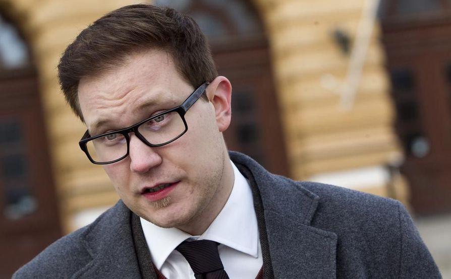 Kansanedustaja Olli Immonen (ps.).