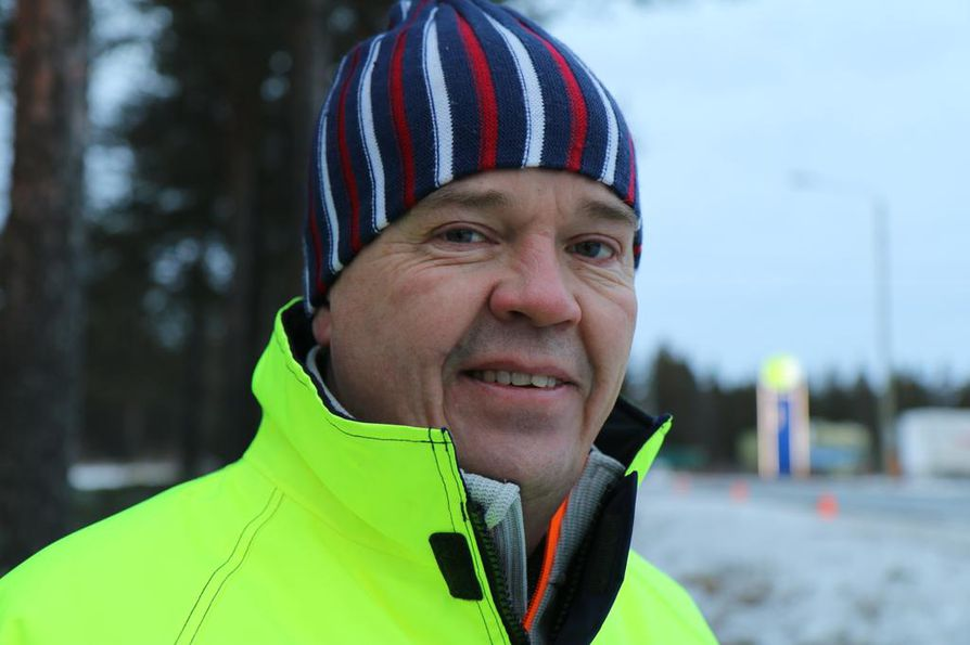 Arctic Machine Oy:n toimitusjohtaja Juha Jääskelä kertoo, että autonomiseen tienhoitoon valmistautuminen alkoi 5-6 vuotta sitten.