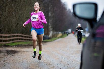 Johanna Peiponen kipaisi voittoon Terwamaratonin kympillä
