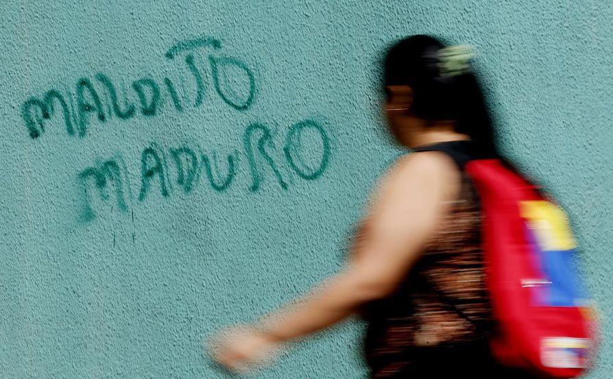 Pahuksen Maduro, kertoi seinäkirjoitus tällä viikolla Venezuelan Caracasissa.