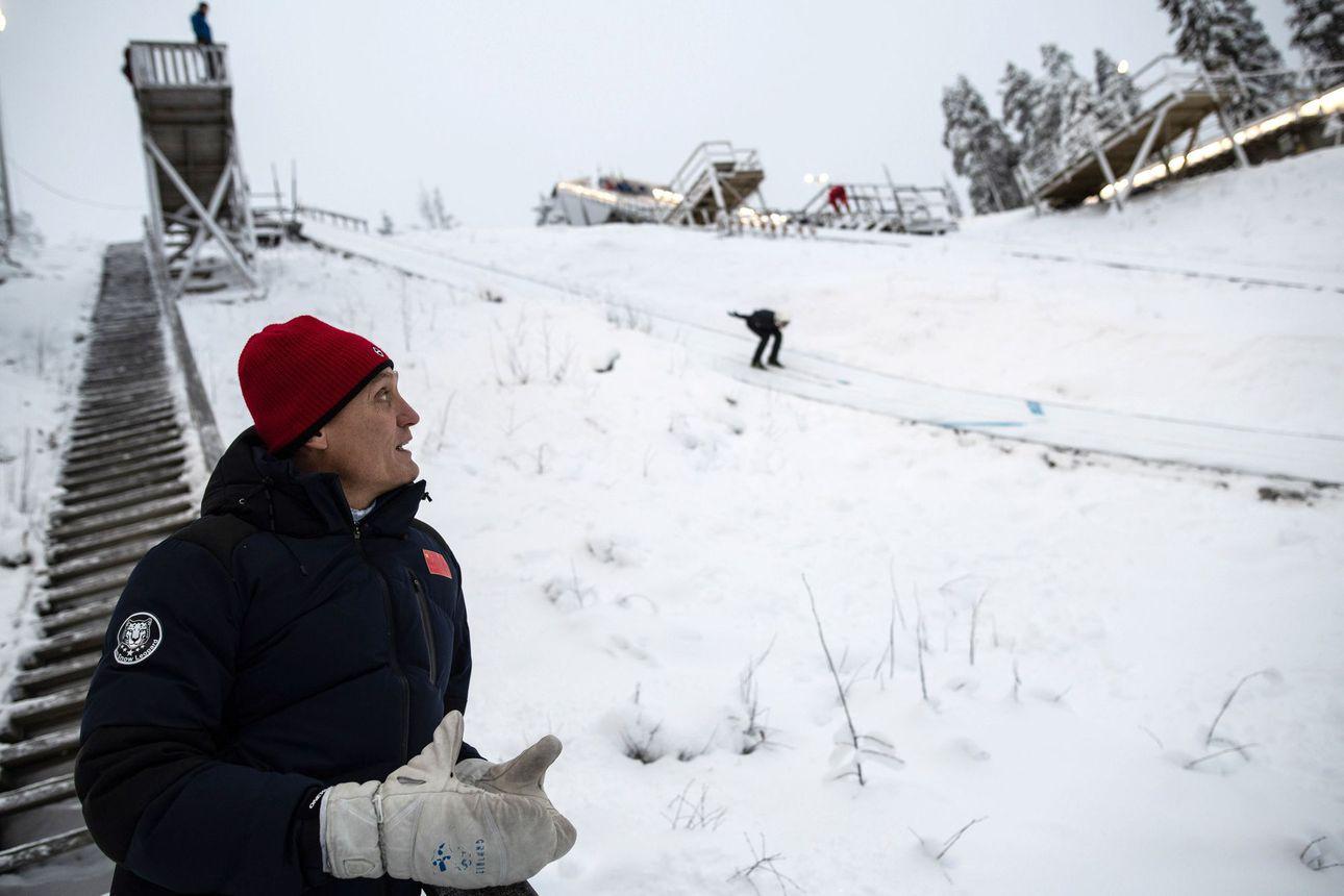 SS: Kojonkoski sai vastuun Kiinan mäkihypystä – Kiina keskittää mäkivalmennusta yhä voimakkaammin Kuopion Puijolle