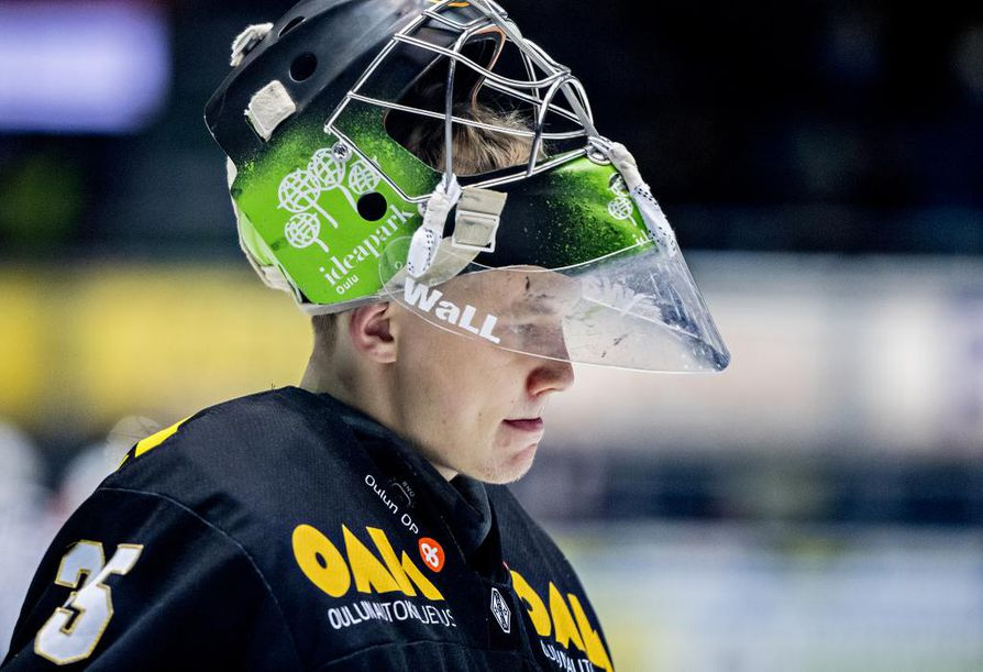 Veini Vehviläinen päätti liigakiireensä viime viikonloppuna ja liittyi Leijoniin vasta alkuviikosta.