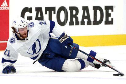 Tampa Bay Lightning voiton päässä NHL:n loppuotteluista