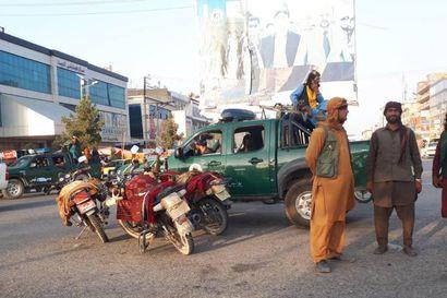 Taleban julisti yleisen armahduksen Afganistanin hallinnon työntekijöille, kehotti palaamaan työhön