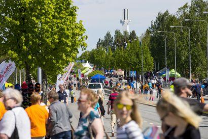 Kesän suurtapahtuma siirtyy kahdella vuodella, Suviseuroista ja Rovaniemellä järjestettävästä Jukolasta päätökset viimeistään huhtikuun puolivälissä