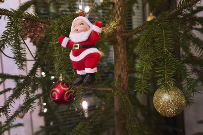 Tänään heipat joululle – Kiertäville nuuttipukeille tuli tarjota sahtia ja ruokaa, muuten laulettiin pilkkalauluja. Joulukuusi viedään viimeistään Nuuttina pois