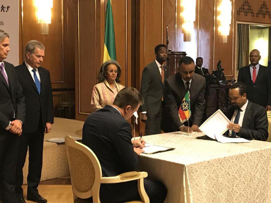 Presidentti Sauli Niinistö tapasi Etiopiassa presidentti Sahle-Work Zewden ja Nobelin rauhanpalkinnon voittaneen Abiy Ahmed Alin.