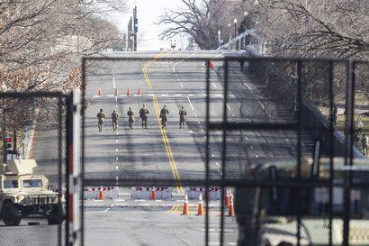 Joe Bidenin virkaanastujaiset lähestyvät: kaikki osavaltiot hälytysvalmiudessa, FBI varoittaa aseellisista protesteista