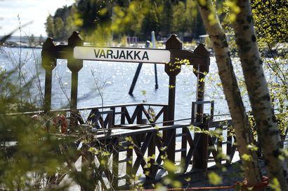 Oulunsalon Varjakan kapulalossi laskettiin vesille - retkeilijät voivat matkustaa saareen omatoimisesti jälleen tänä kesänä