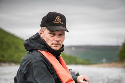 Kalastaja ja yrittäjä Petteri Valle Utsjoelta uskoo, että tulossa on ennätyksellinen lohikesä – Kalastajat kuiitenkin puuttuvat