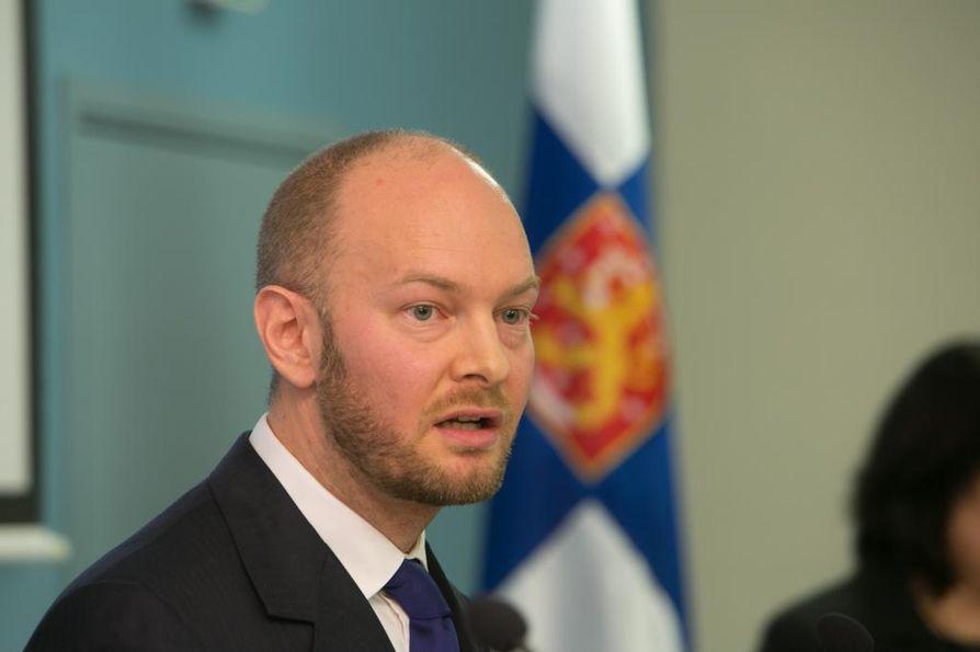 Sampo Terho valittiin Sinisen tulevaisuuden puheenjohtajaksi.