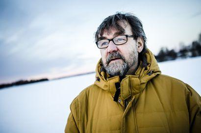 """Susitutkija Ilpo Kojola: """"Susien vaarallisuudesta liikkeellä perätöntäkin tietoa, mutta ihmisten susipelko on otettava vakavasti"""""""