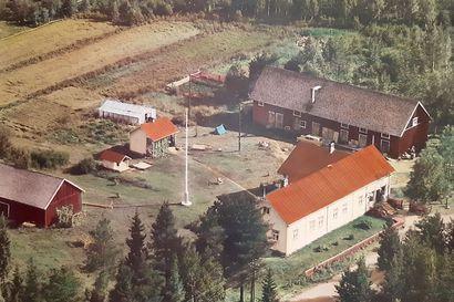 Kyläkauppias matkailun pioneerina – Syötteen ensimmäistä hotellia ei suunniteltu tunturin päälle, vaan Saarilampien maastoon