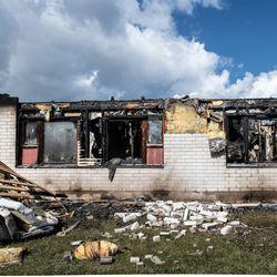 Ei sittenkään tahallaan sytytetty? – Poliisi epäilee Kuusamon rivitalon palon saaneen alkunsa sähkölaitteesta, tutkinta jatkuu