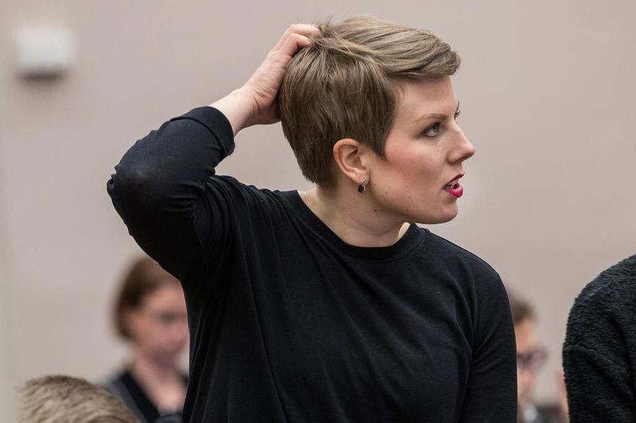 Jenni Pitko on sitä mieltä, että Oulun pitäisi vähentää tuntuvasti lihan ja maidon kulutusta.