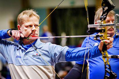 Pohjan Jousen jousiampujat saalistivat eniten mitaleita masters-luokkien SM-kisoista Pellosta