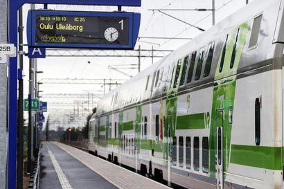 Junaliikenne kulkee perjantaina Oulusta itään, mutta ei pohjoiseen – Veturinkuljettajat ovat kertoneet palaavansa töihin kello 24 alkaviin työvuoroihin