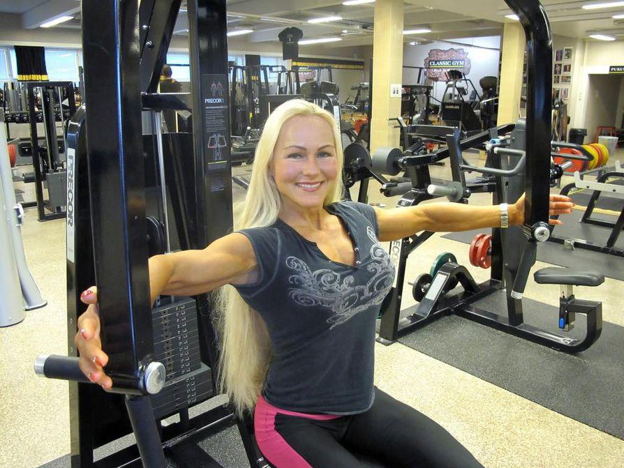 Harjoitussali on myös Maria Kuuren työpaikka. Hän on toinen oululaisen Classic Gymin yrittäjistä.