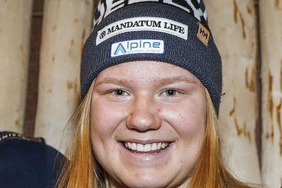 Rosa Pohjolainen MM-alppiyhdistetyn 8:s Narvikissa