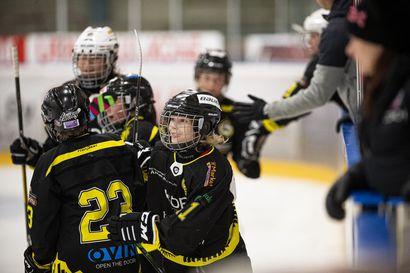 Kemijärven Kiekko juhli RS-turnauksen voittoa sunnuntaina