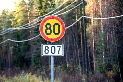 """Syyslomakauden alkamisen ei uskota aiheuttavan ruuhkia Pohjois-Suomen maanteille – """"Arkiliikennettäkin on vähemmän, tiet vetävät ja kapasiteettia riittää"""""""
