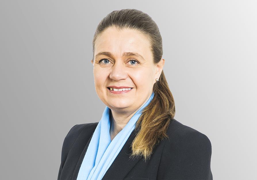 Soten tuoma muutos kuntien päätöksentekoon on iso mahdollisuus, elinkeinoasioiden päällikkö Susanna Kallama muistuttaa. Uusien valtuustojen tärkeimpiä tehtäviä on kaupunkien pitäminen elinvoimaisina.  Yrittäjyyden edistämisellä on tässä iso merkitys.