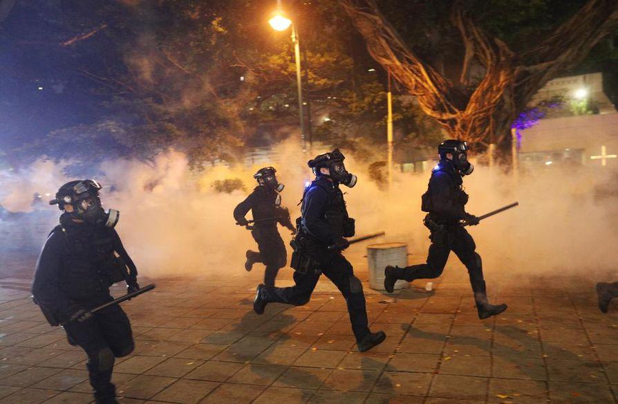 Mielenosoitukset jatkuvat Hongkongissa jo kolmatta kuukautta peräkkäin.