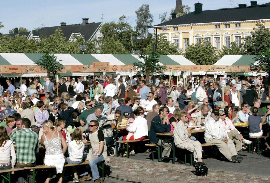 Valkosipuliyö järjestettiin viimeistä kertaa vuonna 2007. Arkistokuva vuodelta 2006.