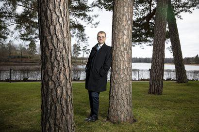 Juha Sipilä toivoo politiikkaan enemmän ratkaisukeskeistä keskustelua – politiikan puhetapa on muuttunut huonompaan suuntaan