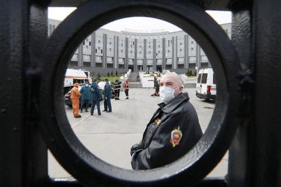 Viisi koronapotilasta kuoli teho-osastolla syttyneessä tulipalossa Pietarissa – jo toinen sairaalapalo viikon sisään Venäjällä