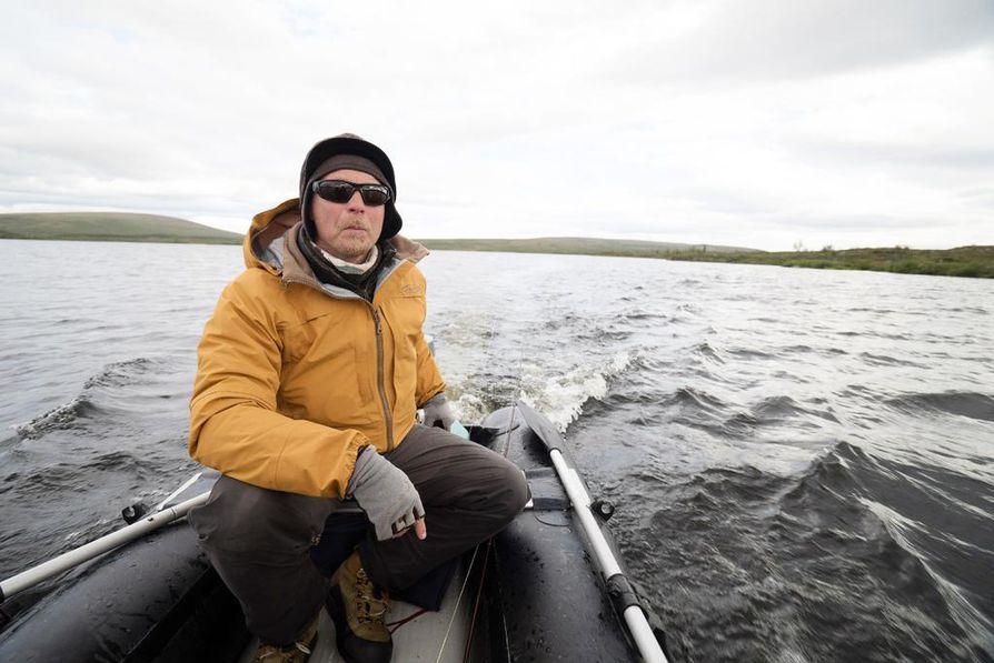 Kalastaja Aki Huhtanen Kilpisjärveltä on mukana Eränkävijät-sarjassa.
