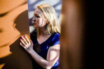"""""""Avaan omaa polkuani ja käyn läpi 15 vuoden uraani elokuvantekijänä"""" – Katja Gauriloffin oppitunti Tampereen elokuvajuhlien verkkofestivaalilla"""
