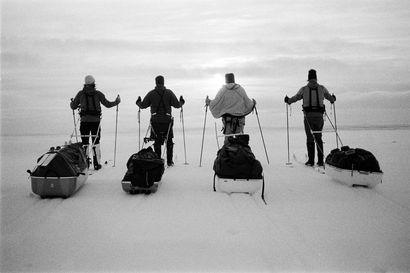 Yrjö Kokko kiersi vuosikausia erämaissa, ennen kuin löysi laulujoutsenensa – 70 vuotta myöhemmin Keijo Taskinen hiihti tarunhohteiselle Pesälammelle ja alkoi ymmärtää, miltä Kokosta tuntui