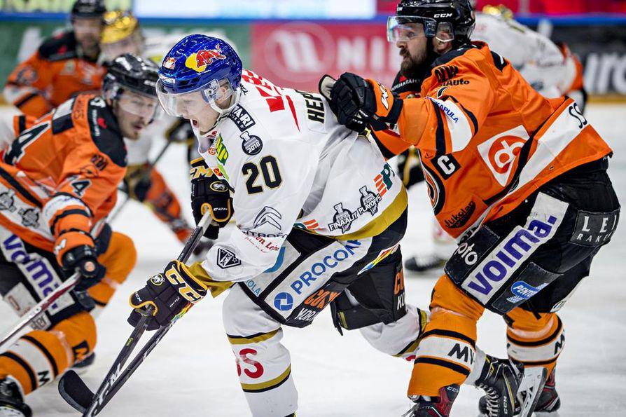 Aleksi Heponiemi tavoittelee NHL-unelmaansa Florida Panthersissa.