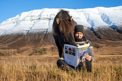 Maaru Moilanen ihastui jo lapsena islanninhevosiin ja sitä kautta Islantiin – nyt hänen suunnittelemansa neulemallit kilisyttävät pyöröpuikkoja suomalaisten neuloosivimmassa