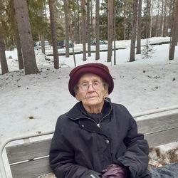 Lottana palvellut Tyyne Fredriksson, 97, osallistui veteraanipäivän juhlaan Posiolla – katso kuvagalleria Koillismaan tilaisuuksista