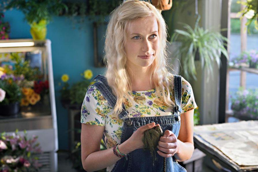 Minka Kuustosen näyttelemä Miia on Hevi reissu -elokuvan keskeisin naishahmo.