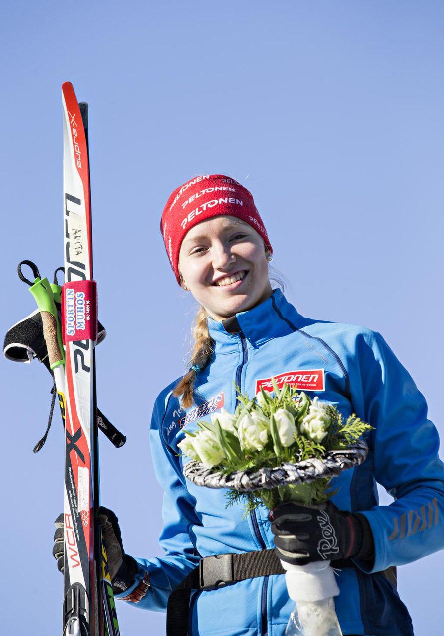 Hiihtäjälupaus Anita Korva on Kuivasjärven Auran kasvatti. Vuoden 2015 maaliskuussa hän osallistui Hopeasompa-hiihtoihin Virpiniemessä. Nykyinen maajoukkuehiihtäjä edustaa tällä hetkellä Kainuun Hiihtoseuraa.