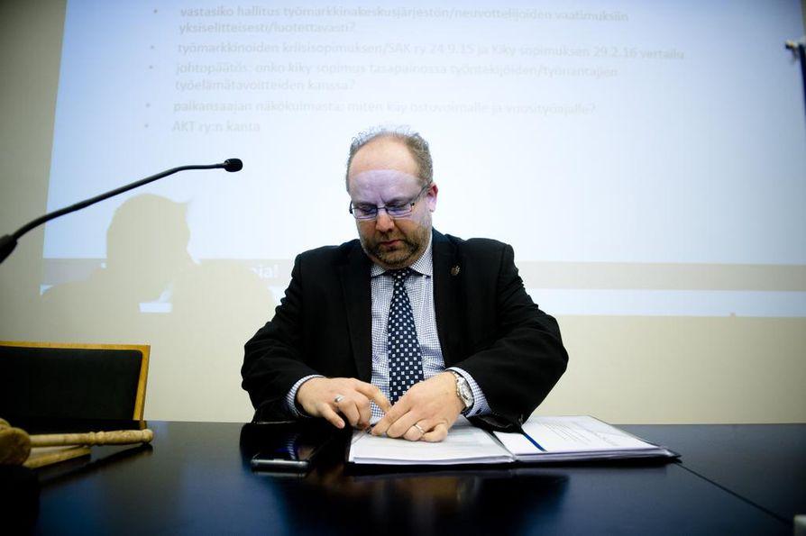 AKT:n puheenjohtaja Marko Piirainen.