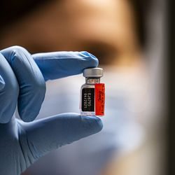 Rokotukset jatkuvat nyt vanhusten parissa