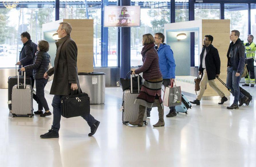 Oulun lentoasema hiljenee matkustajista ensi kesänä reilun kuukauden ajaksi.