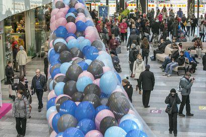 Oulussa kannustetaan viisufinalisti Saara Aaltoa voittoon lauantaina – Valkean kesäkadusta tulee Suomen virallinen Euroviisujen kisakatsomo
