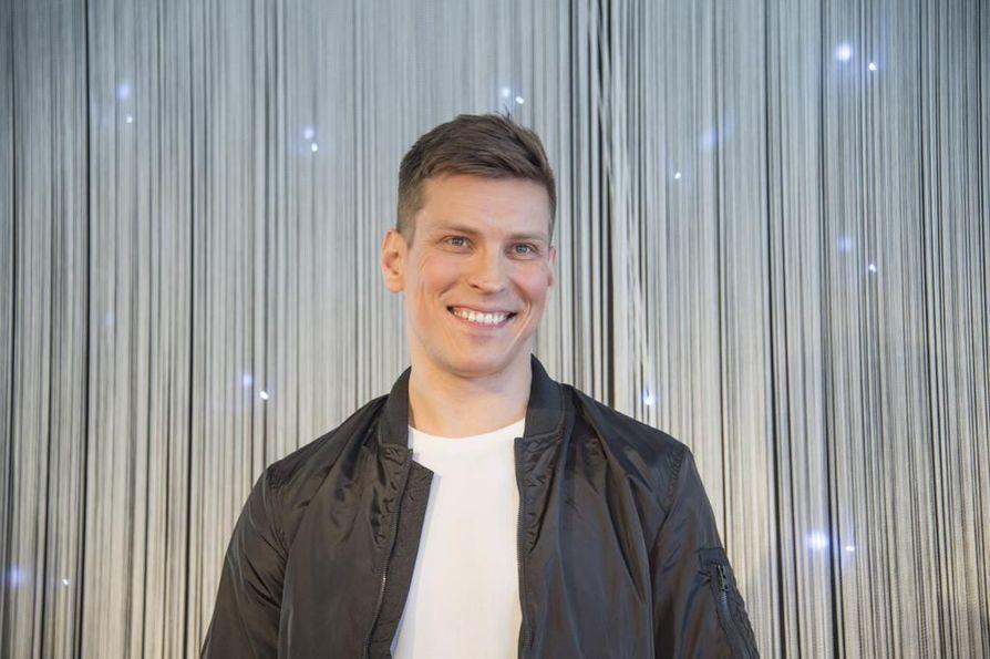 Antti Holma tekee paluun televisioon, kun TV5:lla alkaa helmikuussa Mestaritekijä-tosi-tv-kisa.
