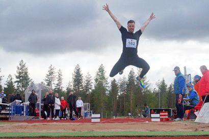 Tasaisia kilpailuja Suojalinnalla – oman seuran urheilijat vähissä Pohjantähti Gamesin suorituspaikoilla