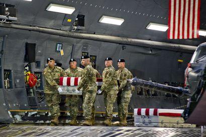 """Venäjän väitetään maksaneen tapporahoja amerikkalaissotilaita surmanneille talibaneille – Kanerva: """"Se olisi järjetön sotarikos"""""""