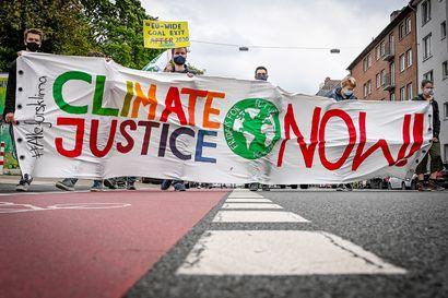 Selvitys: EU-budjettiesitys ei täytä unionin omia ilmastotavoitteita