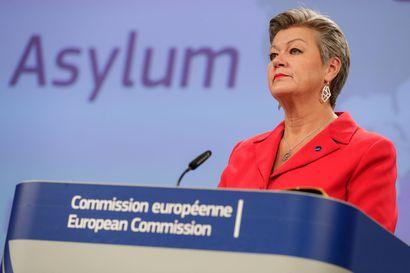EU:n maahanmuuttoesitys: Kaikkien jäsenmaiden otettava turvapaikanhakijoita, kieltäytyvälle jäsenmaalle muita vaihtoehtoja – Dublinin sopimuksesta luovutaan