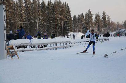 Hiihtobuumi iski Oulaisiin: Honkamajan frisbeegolf-rata on pois käytöstä hiihtoturvallisuuden takaamiseksi